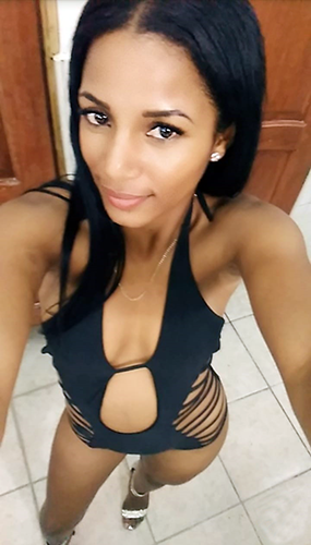 Dominican-Escort-Chachy-Club-Chica-4